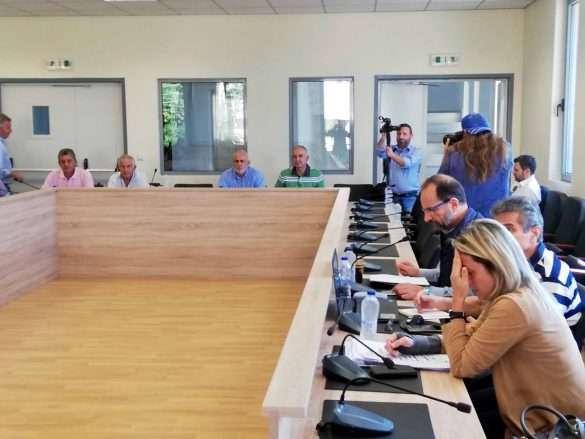2018.10.12 @ Τεχνική σύσκεψη για τα έργα στο Δήμο Πηνειού, στο κτίριο της Δημοτικής Βιβλιοθήκης Γαστούνης, που κατασκευάστηκε με το ΕΣΠΑ Δυτικής Ελλάδας.