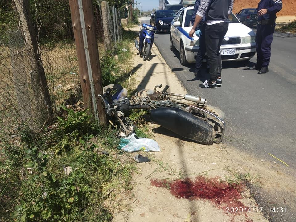 Βάρδα: Σοβαρά τραυματίας οδηγός δικύκλου σε τροχαίο στην παλαιά εθνική οδός Πατρών-Πύργου (photos)